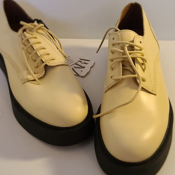 Zara platform shoe. Brand new.